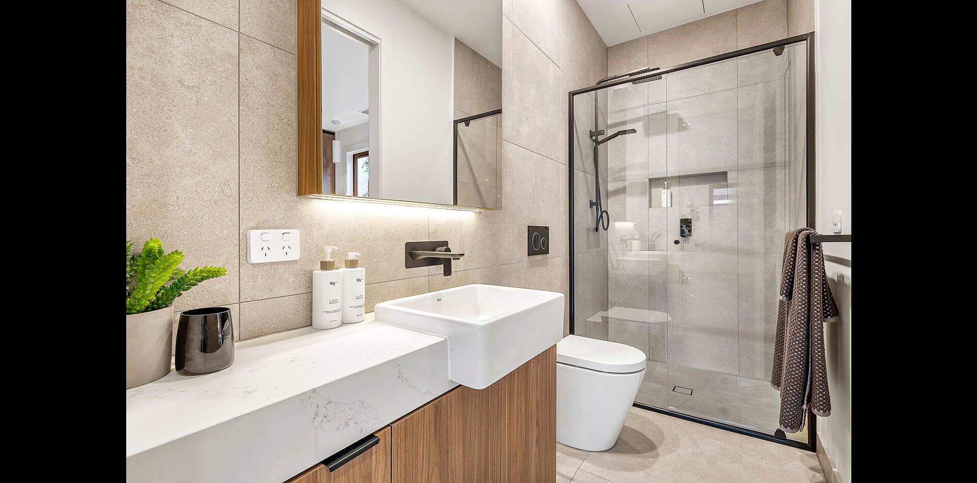 23-oswald-thomas-hampton-east-bathroom