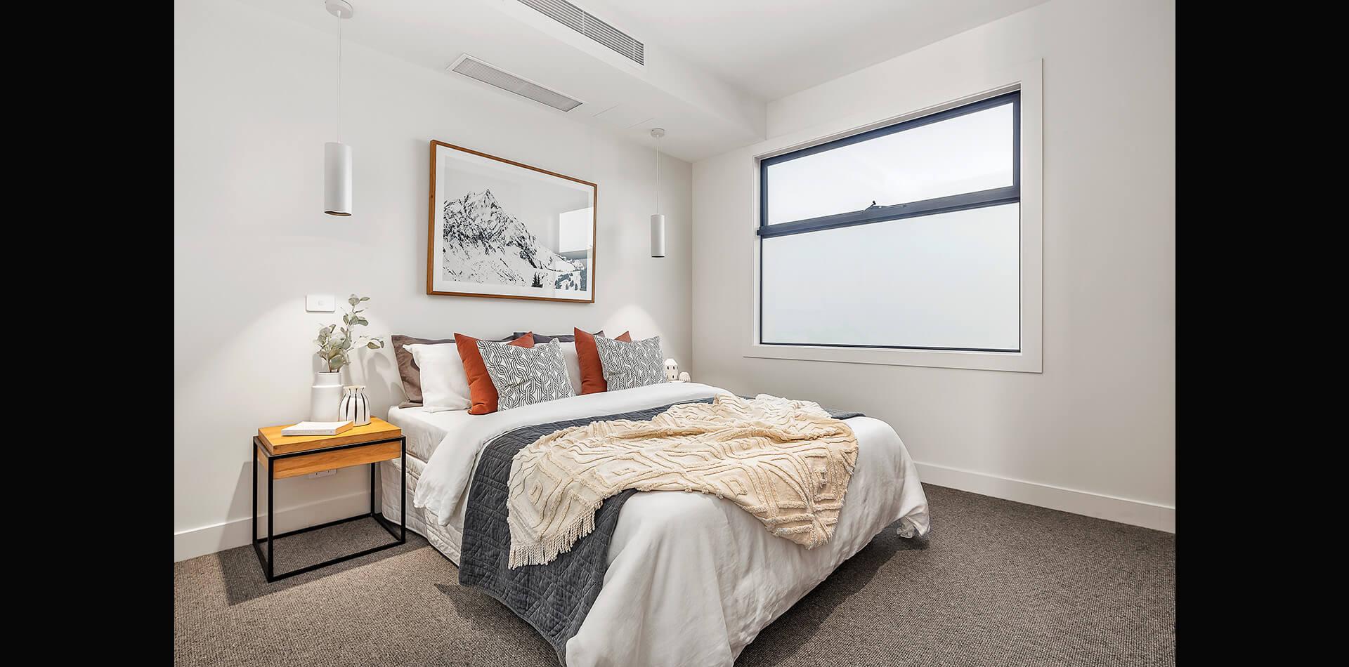 23-oswald-thomas-hampton-east-bedroom
