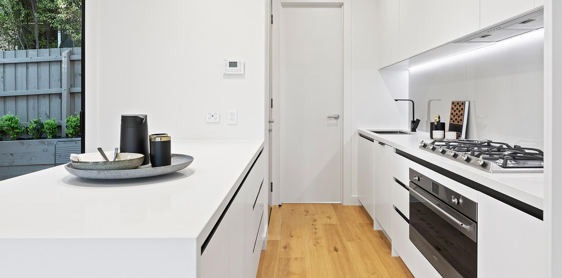 harry st - kitchen